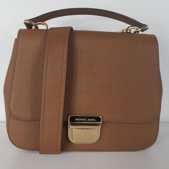 188154ae9ada96 Michael Kors Bags   Bridgette Medium Messenger Bag   Poshmark